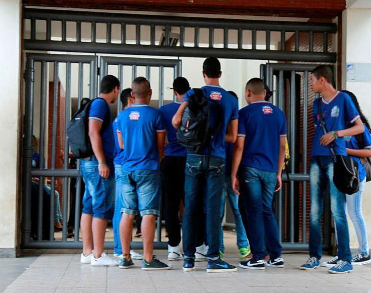 Estudantes de Anápolis já podem confirmar matrícula na rede estadual