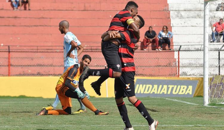 Internacional goleia e elimina o Santos nas quartas de final da Copinha