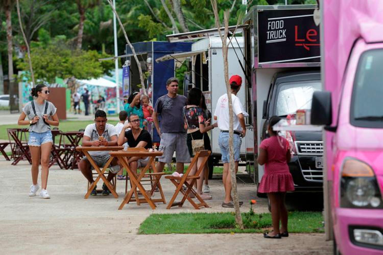 Cadastro de food trucks deve ser feito pela internet e terá início às 10h - Foto: Adilton Venegeroles | Ag. A TARDE | 01.04.2017