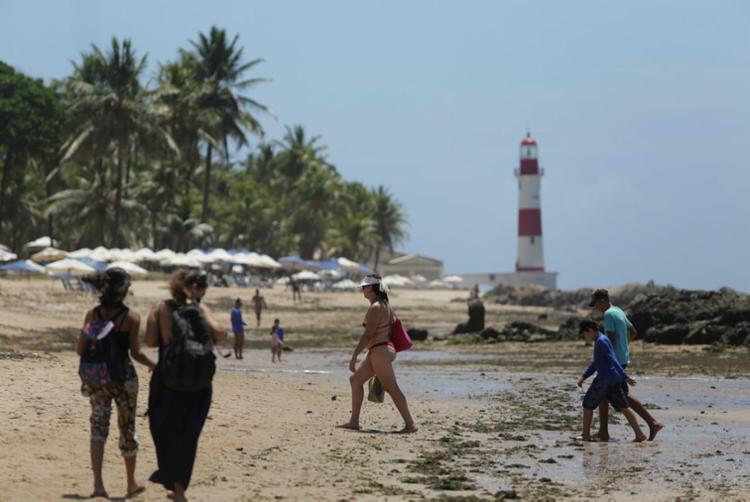 Itapuã é uma das praias que devem ser evitadas - Foto: Raul Spinassé | Ag. A TARDE | 19.01.2018