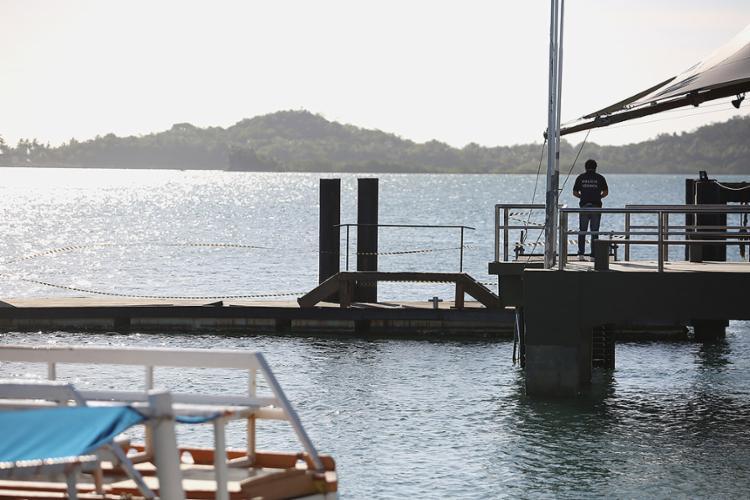 Ponte que permite o acesso de passageiros às embarcações desabou no último domingo, 14 - Foto: Joá Souza l Ag. A TARDE