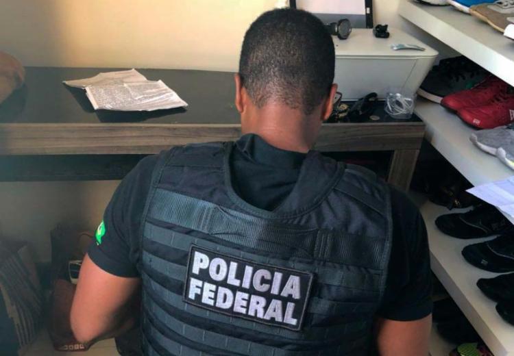 Policiais cumpriram o mandado de busca nesta sexta-feira - Foto: Polícia Federal   Divulgação