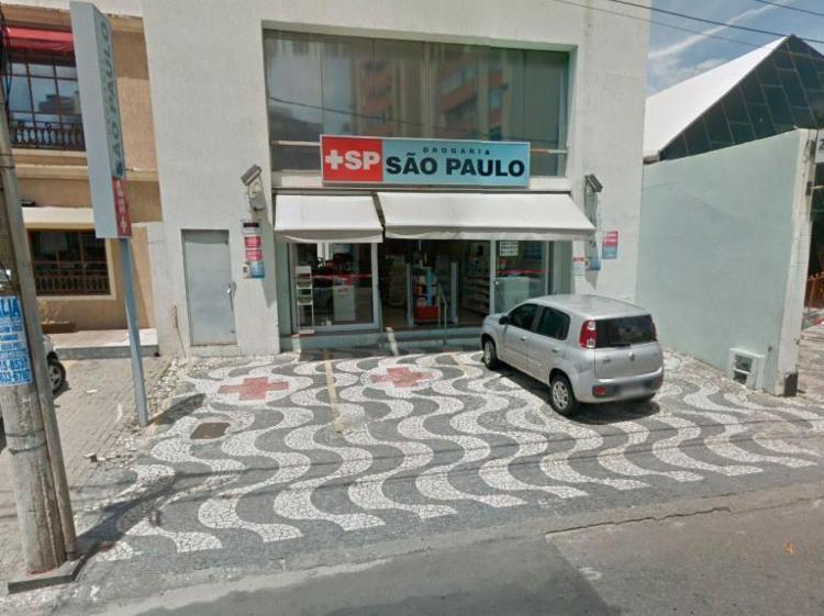 Furto aconteceu na Drogaria São Paulo, localizada na rua Conselheiro Pedro Luiz - Foto: Reprodução   Google Maps