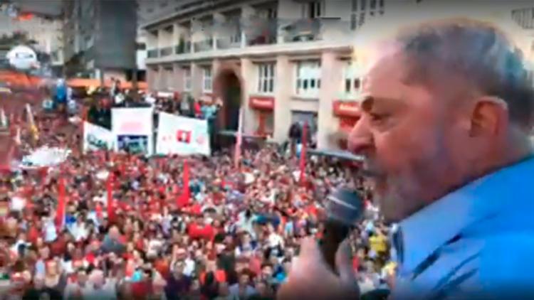 Ex-presidente discursou durante a 'grande marcha' - Foto: Reprodução   Facebook