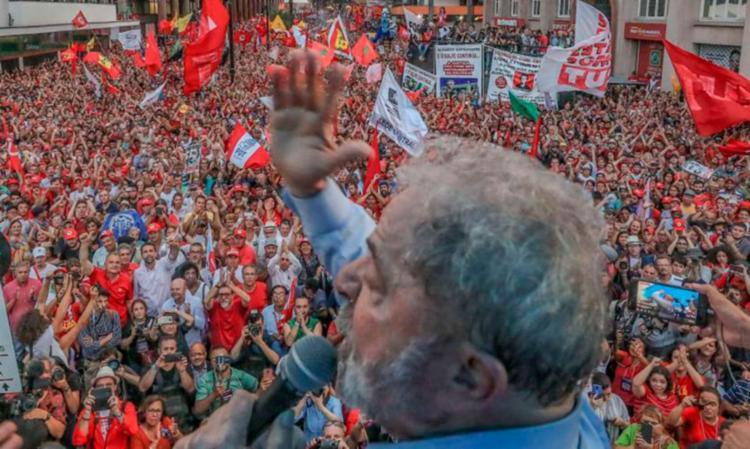 Ex-presidente discursou durante a 'grande marcha' - Foto: Ricardo Stuckert | PT | Reprodução