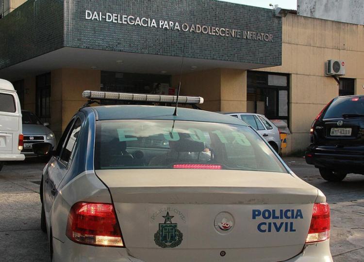 Investigação do caso deve ficar a cargo da Delegacia para o Adolescente Infrator, em Brotas - Foto: Joá Souza l Ag. A TARDE l 30.11.2012