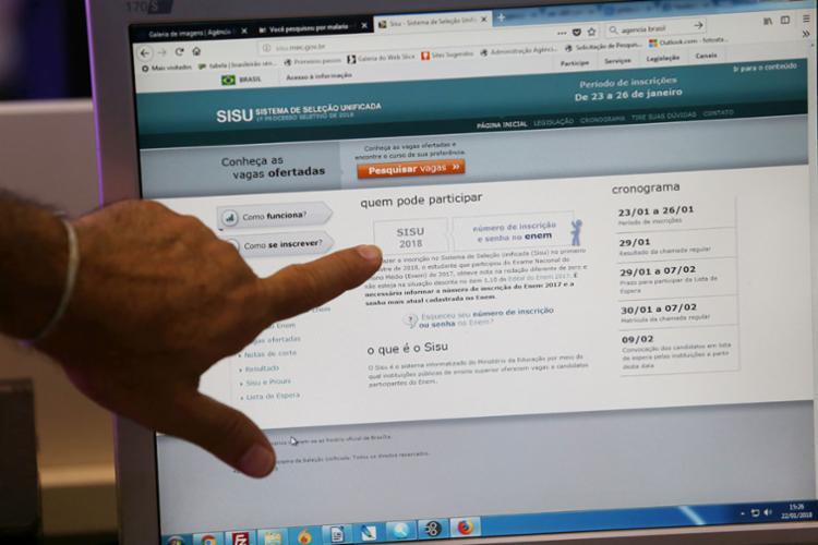 Ao todo, estão sendo oferecidas 239.716 vagas em 130 instituições - Foto: Adilton Venegeroles | Ag. A TARDE