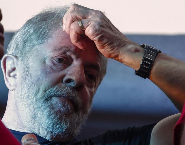 TRF-4 manteve condenação de Lula e ampliou pena - Foto: Miguel Schincariol | AFP