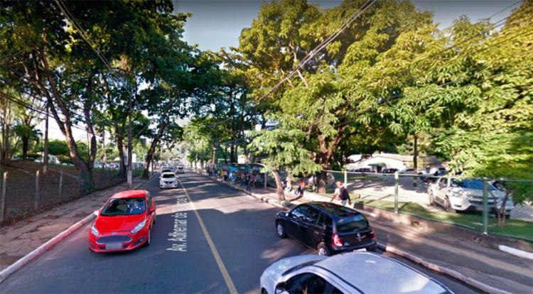 Assaltantes seguiram em direção à av. Garibaldi - Foto: Reprodução   Google Maps