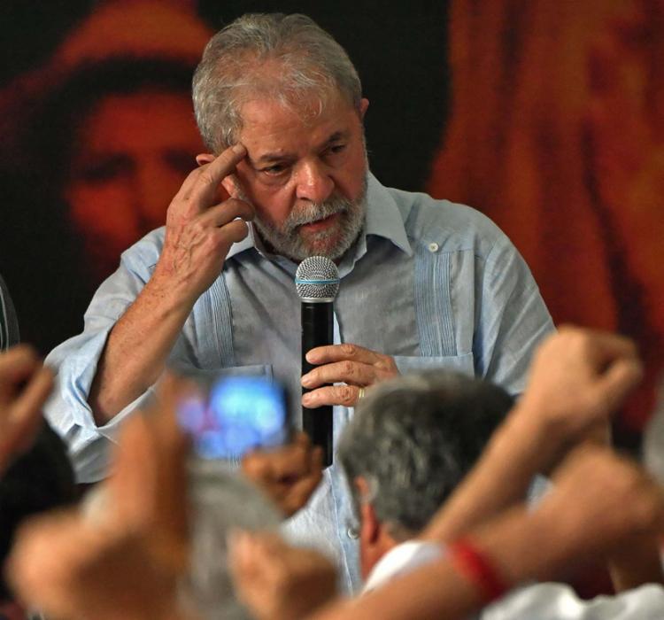 Lula embarcaria às 2h30 desta sexta para Adis Abeba, capital etíope - Foto: Nelson Almeida | AFP
