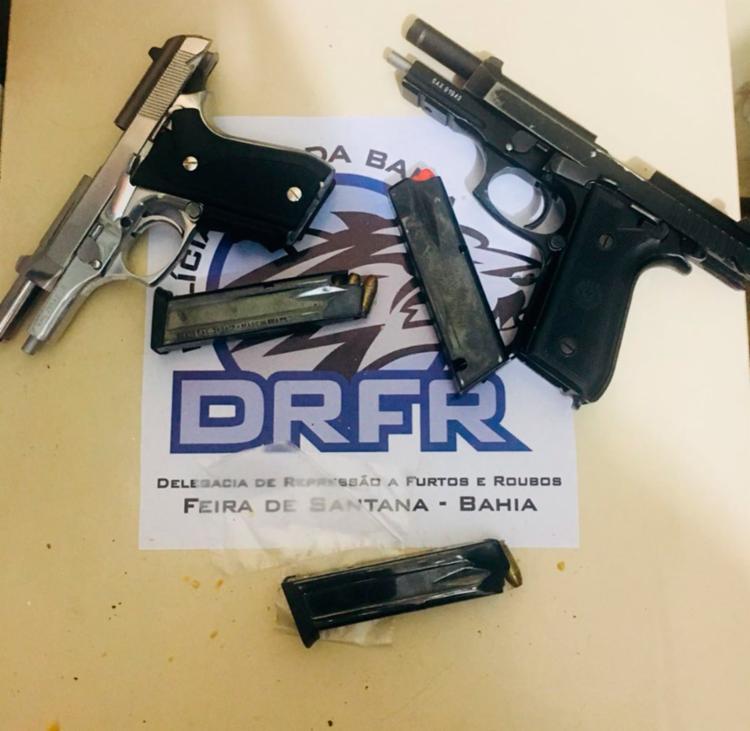 Além da pistola da PM sergipana, outra arma foi apreendida com os suspeitos - Foto: Divulgação | Polícia Civil