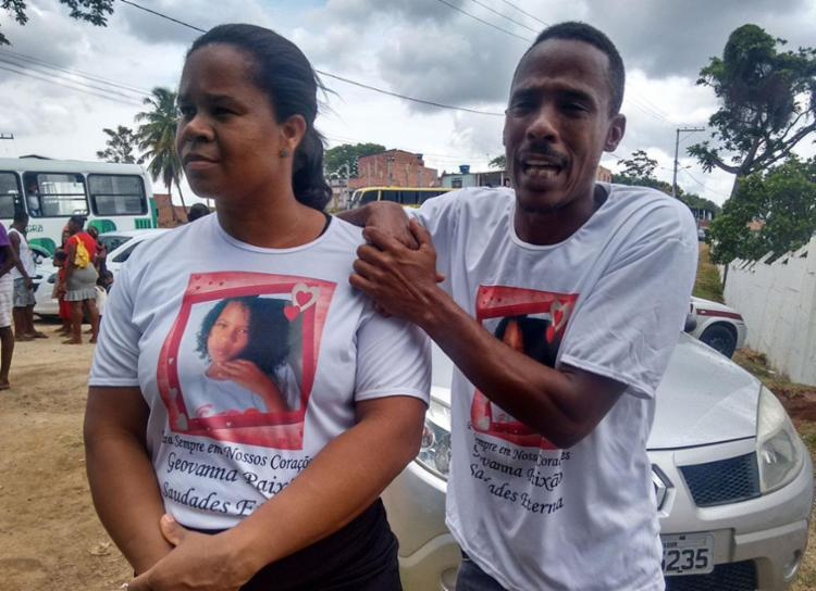 Família acusa policiais de matarem Geovanna - Foto: Euzeni Daltro | Ag. A TARDE
