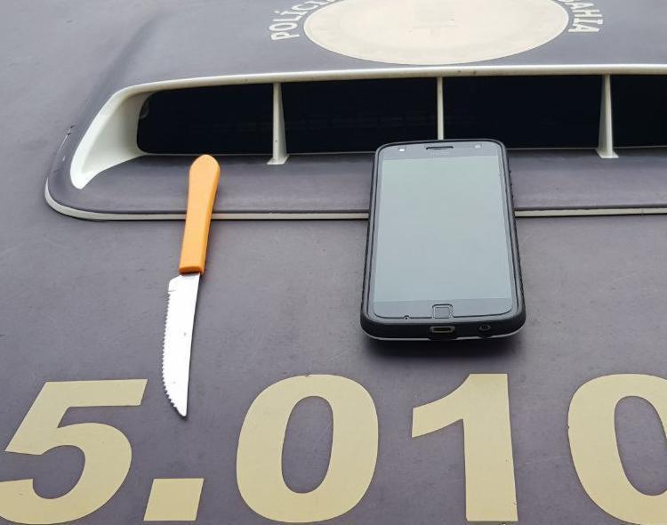 Celular de uma vítima foi encontrado com os suspeitos - Foto: Divulgação | SSP