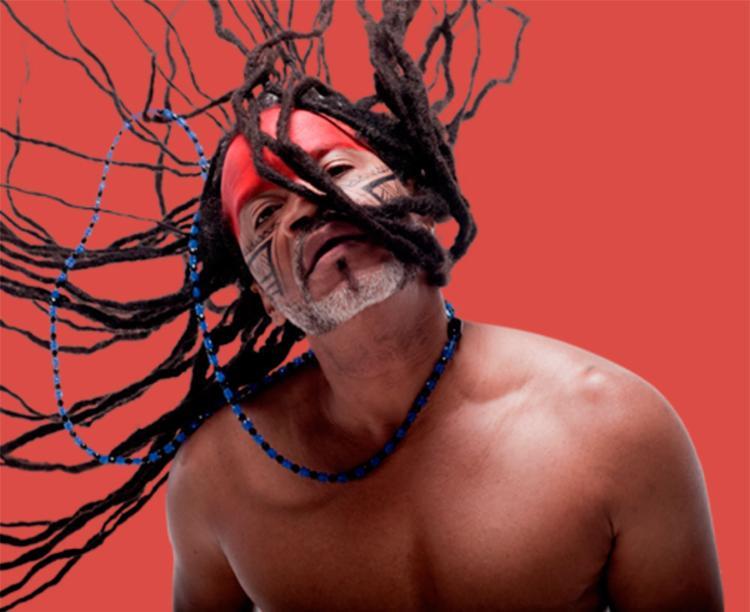 Anfitrião Carlinhos Brown apresenta canções de seu novo disco, além dos sucessos da carreira - Foto: Divulgação
