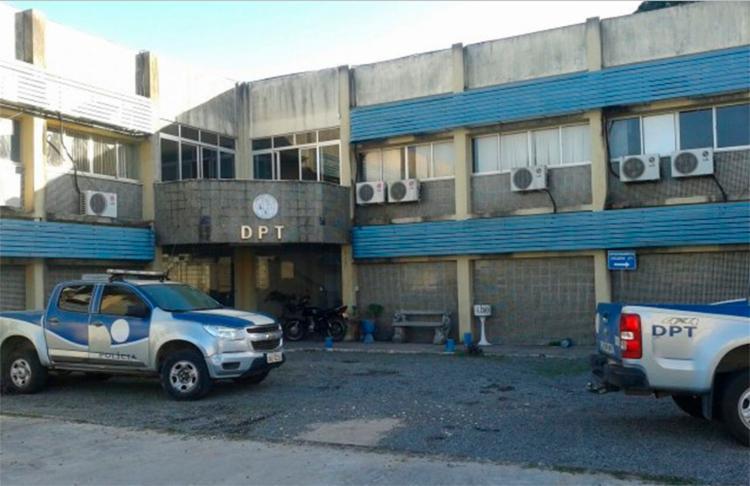 O Departamento de Polícia Técnica (DPT) esteve no local para realizar o levantamento dos corpos - Foto: Reprodução | Acorda Cidade