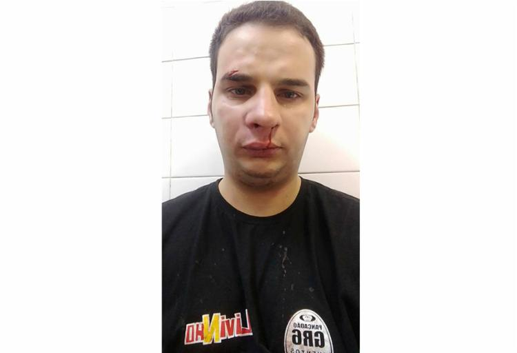 Cantor teria agredido funcionário dentro do camarim - Foto: Reprodução | Facebook
