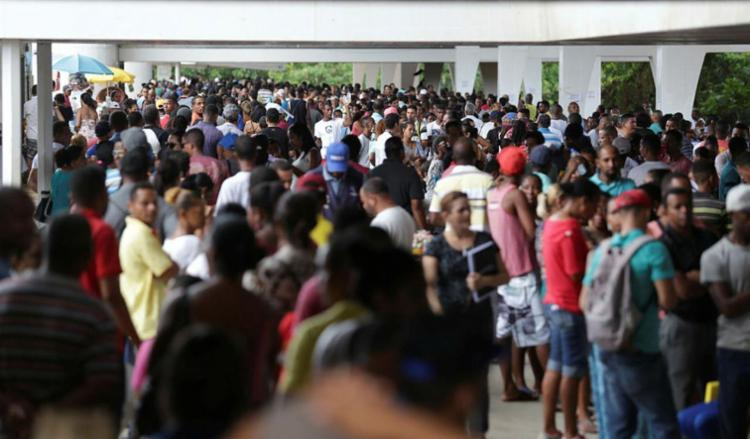 OAB pediu prorrogação de prazo por conta das filas - Foto: Raul Spinassé | Ag. A TARDE | 13.01.2018