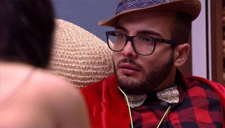 Líder Mahmoud colocou Ana Paula na berlinda - Foto: Reprodução | TV Globo
