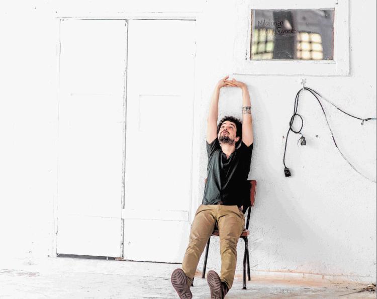 Cantor, compositor e produtor lança quarto disco de inéditas - Foto: Eduardo Magalhães | Divulgação