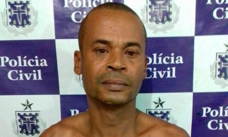 Renato de Jesus Sousa estava escondido na residência de uma vizinha - Foto: Divulgação | Polícia Civil
