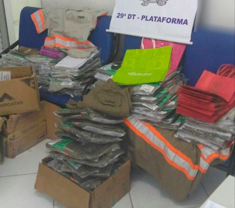 Todo o material foi apreendido e será encaminhado ao DPT para perícia - Foto: Divulgação | SSP-BA