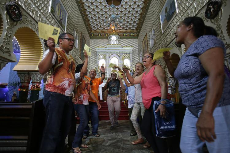 Ensaio do Bando Anunciador para a Festa de Reis que acontece no sábado, 6, na Lapinha - Foto: Adilton Venegeroles l Ag. A TARDE