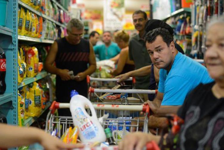 Preço da cesta básica em Salvador é de R$ 316,65 - Foto: Tânia Rêgo | Agência Brasil