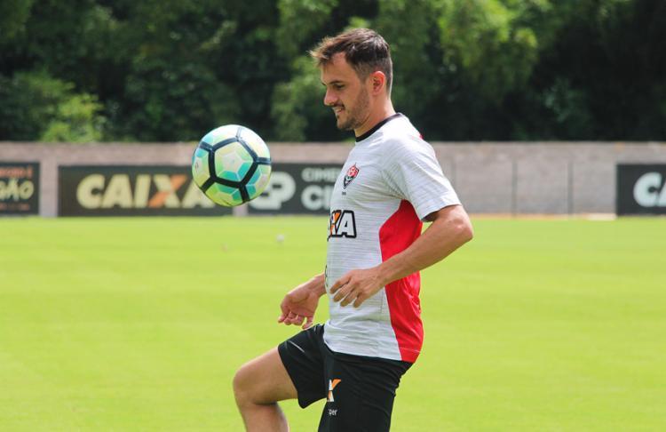 Atleta já defendeu alguns times como Fluminense, Botafogo e Cruzeiro - Foto: Maurícia da Matta | EC VItória