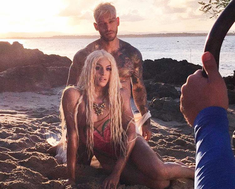 Artistas também gravaram um clipe do single na Bahia - Foto: Reprodução | Instagram