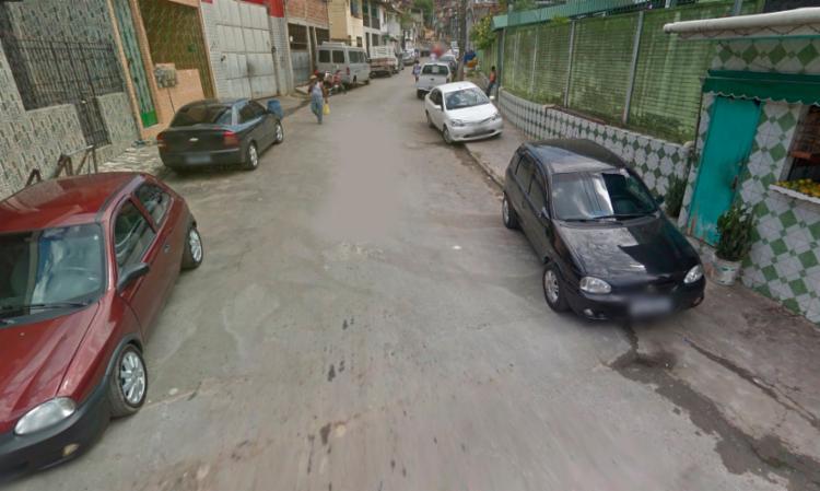 Troca de tiros aconteceu na rua Diva Pimentel - Foto: Reprodução | Google Street View