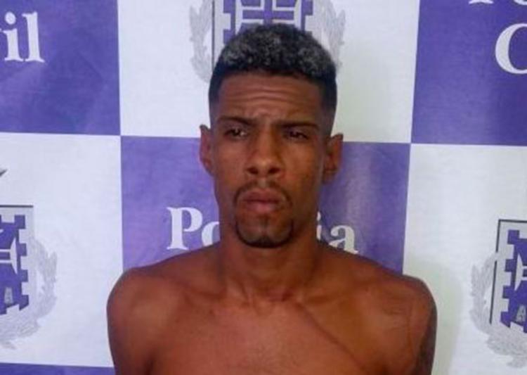 Eliomar foi autuado em flagrante por tráfico de drogas e porte ilegal de arma de uso restrito - Foto: Divulgação | PC-BA