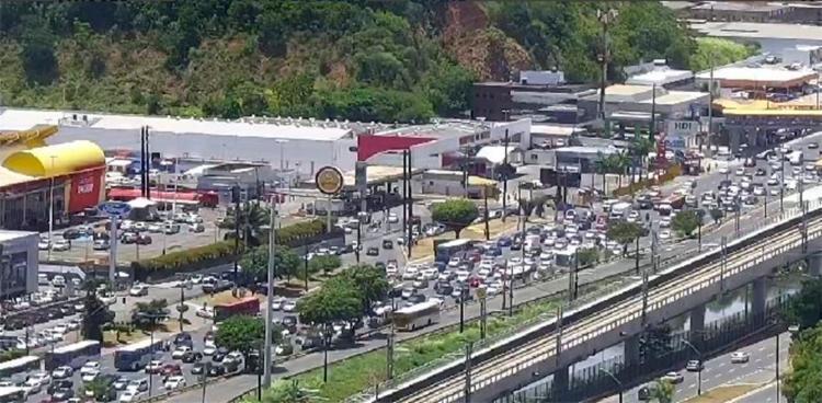 Manifestação terminou por volta das 12h no Detran - Foto: Divulgação   Transalvador
