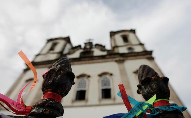 Instalação elétrica do templo na Colina Sagrada e fachada da 'casa' da padroeira da Bahia serão recuperados - Foto: Mila Cordeiro l Ag. A TARDE | 20.03.2015