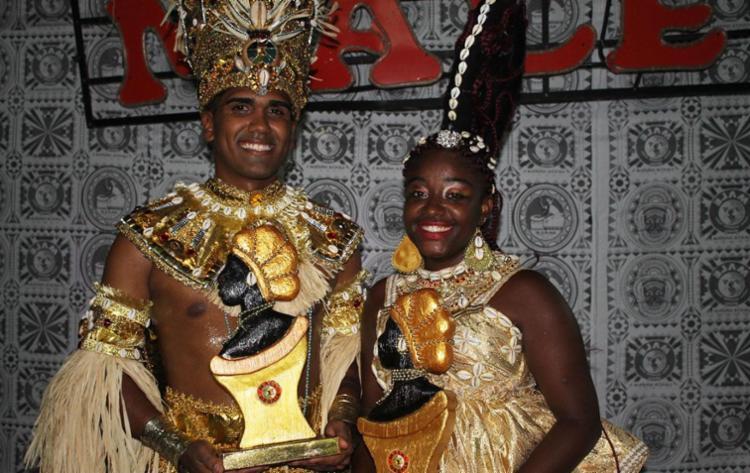 Lucas Pissay e Viviane Lopes são os novos rei e rainha do bloco afro Malê Debalê - Foto: Ricardo Figueredo | Divulgação