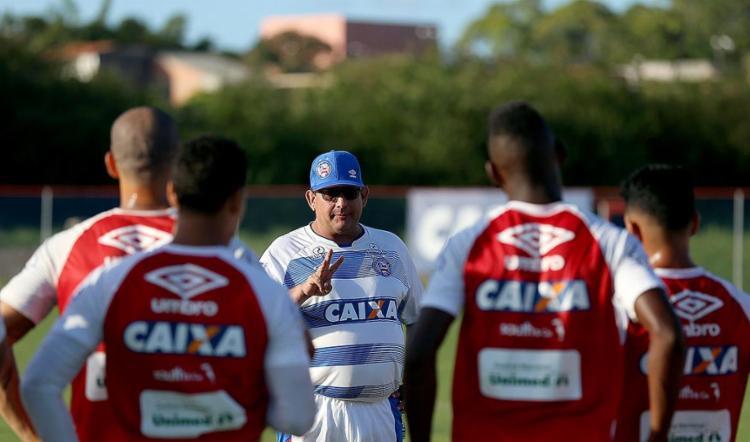 Vencer neste domingo é fundamental para o trabalho de Guto - Foto: Felipe Oliveira l EC Bahia