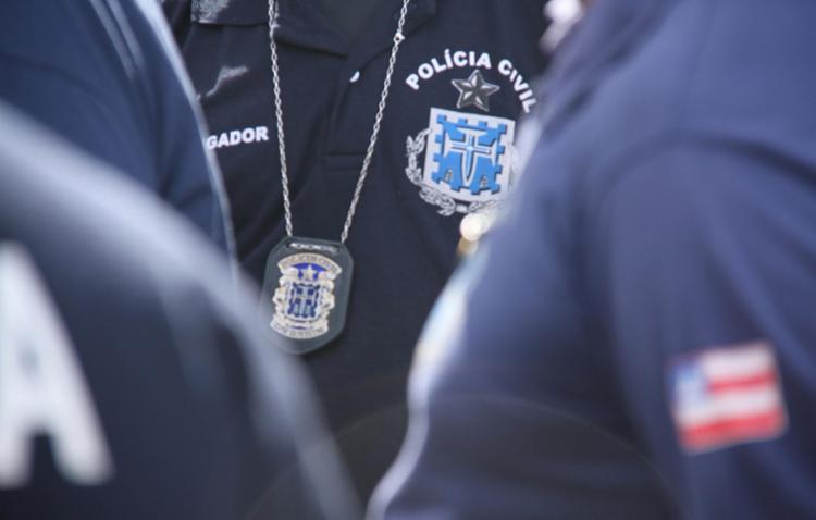 Adolescente confessou o crime, após ser conduzido à delegacia acompanhado da mãe - Foto: Divulgação   SSP