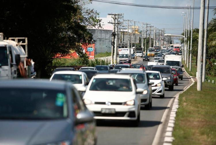 Na Bahia, em 2017, foram removidos 5.925 veículos durante a Operação Paz no Trânsito - Foto: Joá Souza | Ag. A TARDE | 29.09.2017