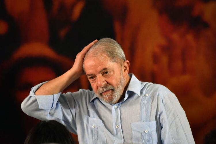 Lula foi condenado a 12 anos e um mês de prisão, em regime fechado - Foto: Nelson Almeida   AFP