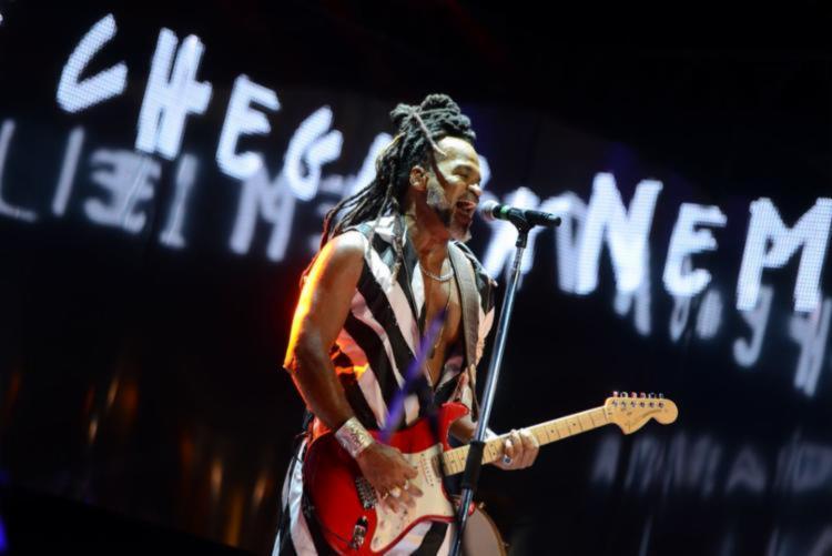 O ponto alto do show foi a retrospectiva de Brown com os sucessos da Timbalada - Foto: Divulgação