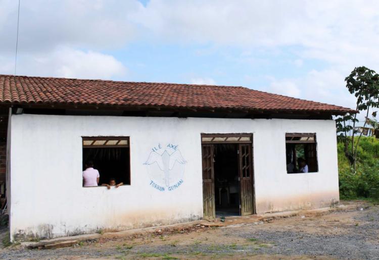 Policiais teriam invadido o terreiro atirando - Foto: Divulgação