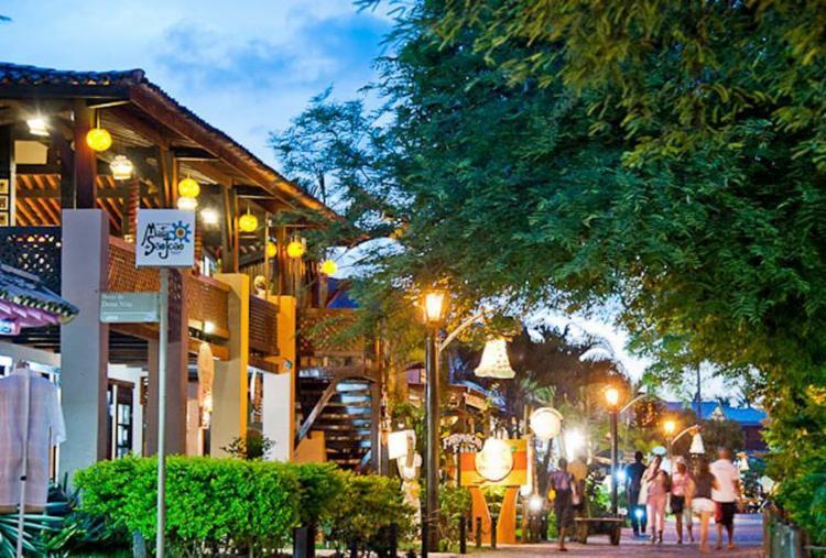 Do hotel ao camping: confira as várias opções de onde se hospedar em Praia do Forte