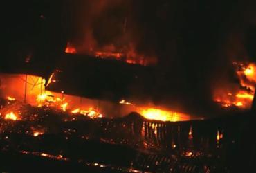 Incêndio destrói cenário de novela da TV Globo | Reprodução | YouTube