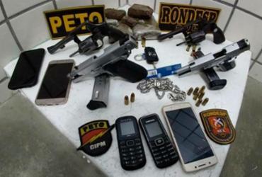 Quatro suspeitos de homicídio morrem em confronto com a polícia