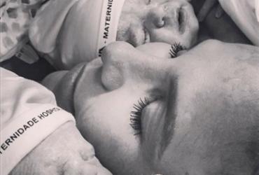 Marido de Ivete publica foto das gêmeas Helena e Marina | Reprodução | Daniel Cady | Instagram