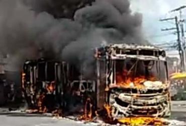 Ônibus é incendiado no bairro de Sussuarana | Cidadão Repórter | Via WhatsApp