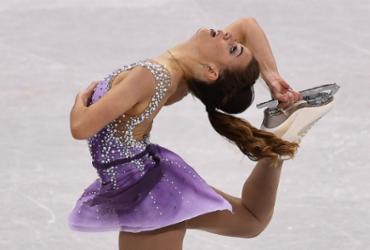 Em 17º lugar, Isadora Williams obtém vaga inédita na final da patinação artística | Aris Messinis l AFP