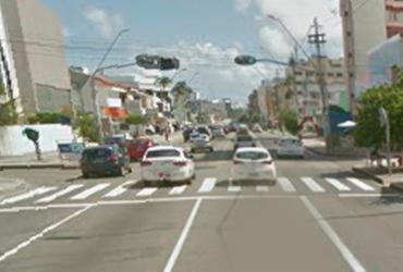 Sinaleiras sem funcionar deixam trânsito intenso na Pituba | Reprodução | Google Street View