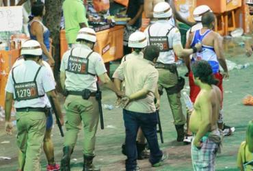 Casos de lesão corporal caem no segundo dia de Carnaval | Joá Souza | Ag. A TARDE | 16.02.2015