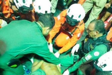 Helicóptero pousa no Morro do Cristo para atender vítima de agressão | Divulgação | Polícia Militar