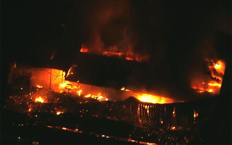 Fogo destruiu cerca de 100 metros quadrados do estúdio de